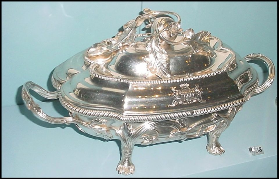 Sterling silver soup tureen, 1760